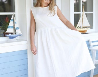 Loose and long pleated linen dress with side pockets in different colours. Women dress. Long dress. Wide dress. Pleated dress.