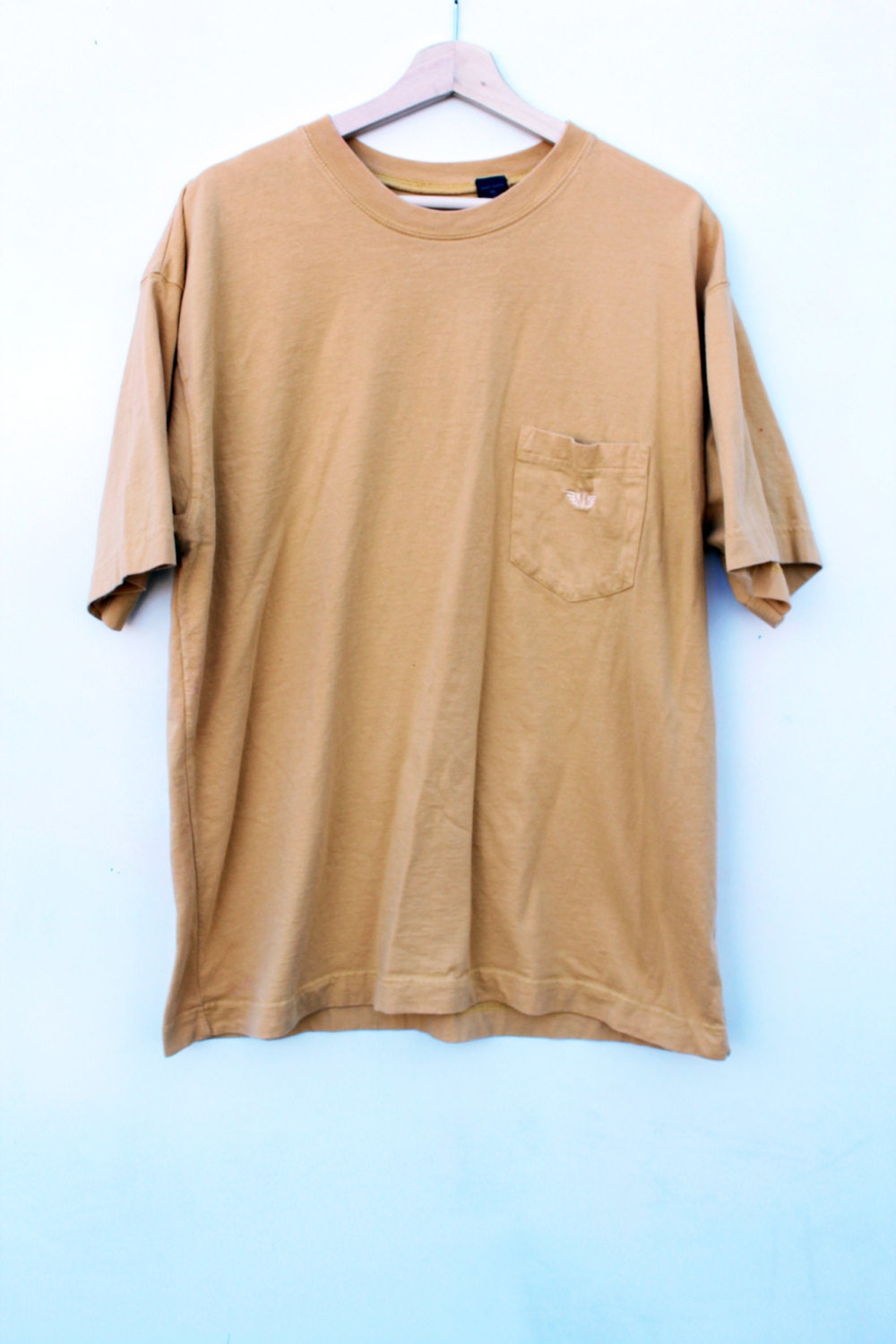 90s minimalist t shirt mustard plain solid pocket tee for Dingy white t shirts