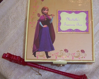 Anna,s Frozen Personalized Treasure Box, Memory Box, Keepsake Box, Treasure Box, Treasure Box with Padlock & Key