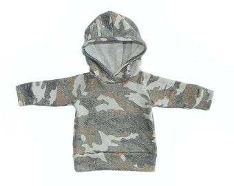 hoodie in heathered camo