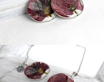 Personalized jewelry for her Personalized necklace for women Initial gift for girlfriend Red flower necklace pressed flower jewelry