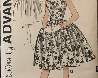 Advance 9406 - 1950s Sleeveless Party Dress with Square or Scoop Neckline and Full Skirt - Size 16 Bust 36