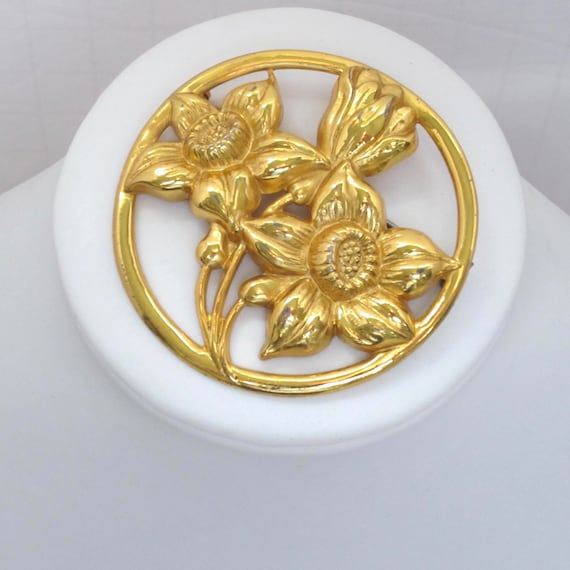 "Sterling Craft by Coro signed three flower ""badge"" pin ~loverly vintage costume jewelry"