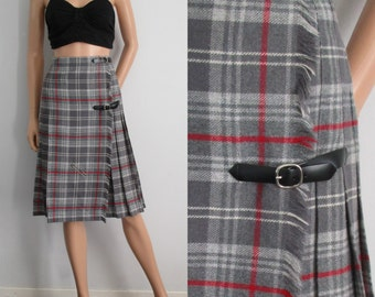 Grey tartan kilt skirt, plaid checked, high waisted, knee length, vintage retro, small, waist 24.5