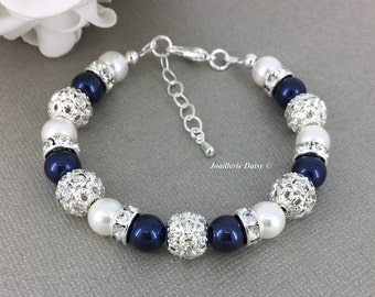 Swarovski Navy Pearl Bracelet, Navy and White Pearl Jewelry, Bridesmaid Bracelet, Bridesmaid Gift on a budget, Mother of the Groom Gift