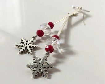 Snowflake earrings, Christmas earrings, snow earrings, winter earrings, swarovski earrings