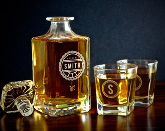 Gifts for Men – Personalized Whiskey Decanter Set