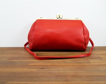 "Leather Bag ""Dakota"" in red, Vintage, leather handbag, handmade, leather clutch, leather purse, kiss lock, satchel, crossbody,"