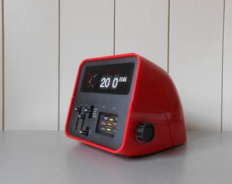 Vintage 1970s ELAC RD-100 Flip Clock Radio with Alarm. Red Plastic. Germany Working condition. Retro Mod Space Age Home Decor Electronics