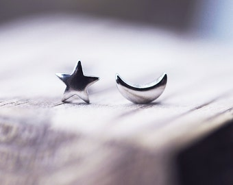 Moon and Star Stud Earrings Sterling Silver Moon And Star Stud Earrings Moon and Stars Earrings Silver Moon Earrings Silver Star Earrings