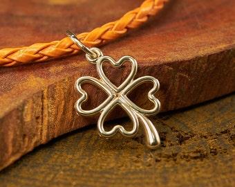 Sterling silver Clover pendant, Clover necklace, Clover Jewelry, Nature jewelry, Nature pendant necklace, flower pendant necklace, Pendants