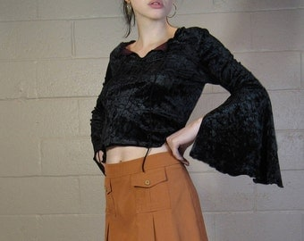 witchy 90s crushed velvet top : size medium