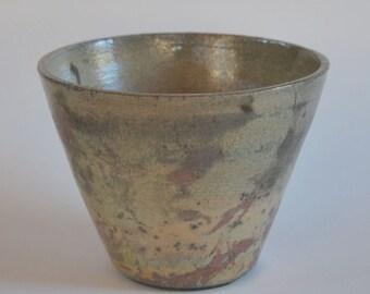 Ceramic Raku recipient