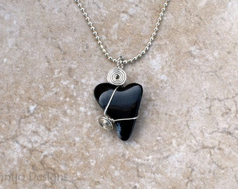 Natural black stone heart pendant, Wire wrapped heart stone necklace, Black and silver heart pendant, Minimalist necklace