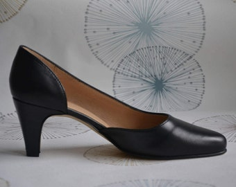 Stiletto woman black