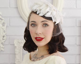 Vintage 1960s White and Cream Whimsy Hat with Veil and Fabric Flowers