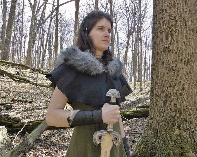 Medieval Fur Trimmed Hood Capelet, Viking - Choose Your Linen & Faux Fur Color