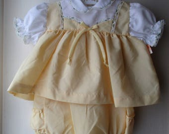 1960's New Old Stock baby dress and romper in pastel yellow & white /Infant  Summer Outfit  / 2 piece baby suit / Infant 6 months