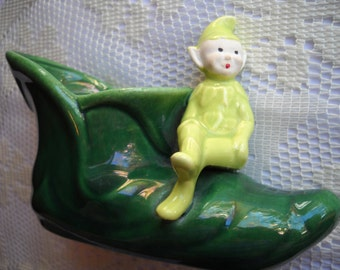 Vintage Pixie Planter, Green Elf Shoe Planter, Whimsical Green Ceramic Trinket Dish, Elf on a Shoe