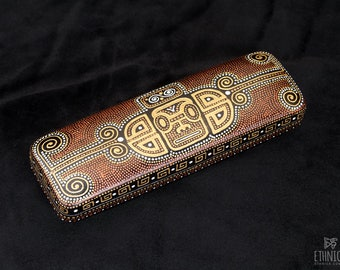 Hand painted eye glasses case, maori art, gift for women or gift for men, unisex hard eyeglass case, birthday gift