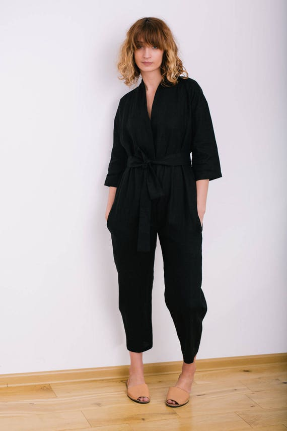 Shop for trendy fashion Linen Jumpsuits for women online at PopJulia. Find the newest styles of Linen Jumpsuits with affordable prices.