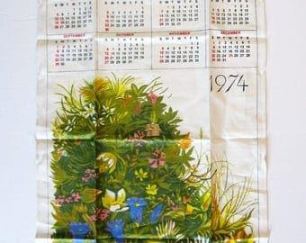 Vintage Unused Linen Tea Towel - 1974 Calendar Wall Hanging - Flower Print Tea Towel - Green Kitchen Wall Decor - Botanical Art Print
