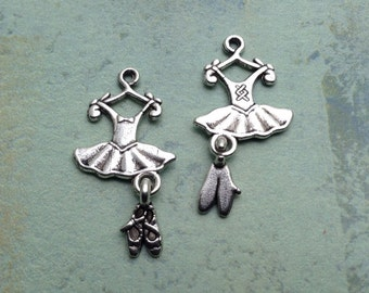 10 Dress Charms / Antique Silver Dress and Shoes Charms / Dress and Shoes Charm / Dress Charms / Silver Dress Charms / Silver Dresses