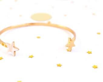 Star bracelet. Gold bangle bracelet. Marble bracelet. Gold bracelet cuff. Stackable bracelet. Dainty bracelet. Gift for her. Gift for women