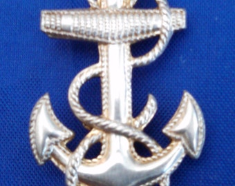 Vanguard WWII sterling silver naval anchor pin