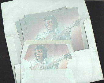 Elvis Presley in Europe Stationery Italy 1980s Picture lined Envelopes 10 Elvis-Covered Writing Sheets