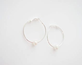 Pearl Jewelry Pearl Earrings Bridesmaid Jewelry Bridal Jewelry Bridal Earrings Wedding Jewelry Wedding Earrings Modern Jewelry Modern Bride