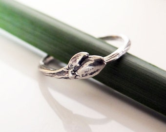 Sterling Silver Twig Ring / Bud Ring