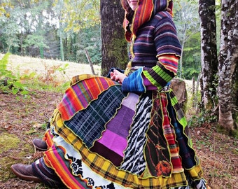 Mid-length coat sharp patchwork of multicolored recycled wool Hoodie!