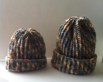 crochet women's hat (blue) and mom'n'daughter hats