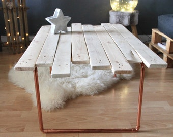 Low palette copper pipe table