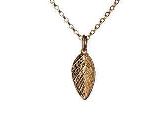 Leaf Necklace 14K Gold Filled Pendant Necklace Nature Jewellery Layering Necklace Jewellery Handmade Free UK delivery GP20