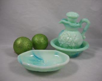 Avon Green Glass BathVanity Set Victoriana Bowl/Decanter/Soap Dish