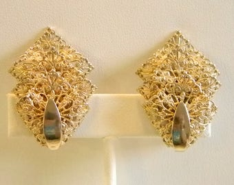 Sarah Coventry Filigree Layered Clip Earrings