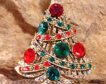 BOOK PIECE Signed HOLLYCRAFT Vintage Christmas Tree Rhinestone Crystal Pin