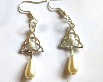 Earrings Celtic Elvish white
