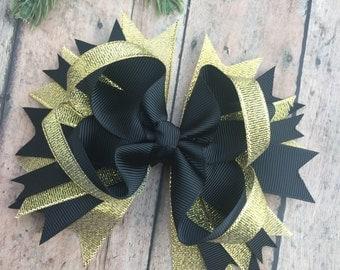 Black and gold bow - Christmas Hair bow - Christmas Hair Clip - sparkle bows - Holiday Accessory - Holiday Hair bow - black and gold