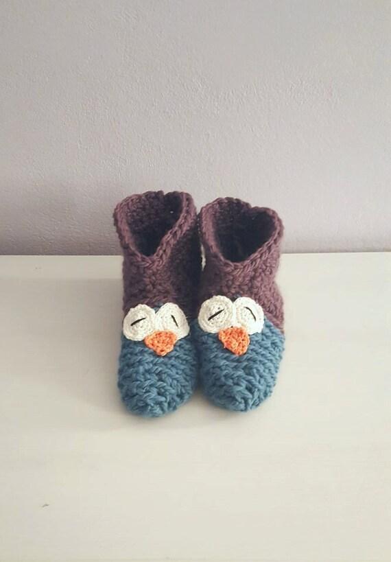 Handmade crochet owl slippers / socks / booties. Handmade crochet woolen owl slippers / booties / socks in many color combinations.