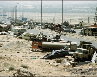 16x24 Poster; Highway Of Death,Kuwait During Operation Desert Storm Highway 80