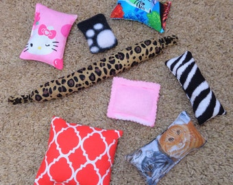 Sale Cat Toys / Set of Eight/ Cat Kicker /Organic Catnip Toy /Cheap /Over Half Off