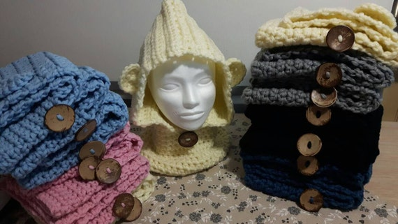 Hood and neck warmer with ears