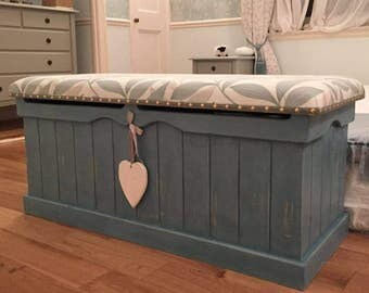 MADE TO ORDER - Large Painted Pine Beach Hut White Driftwood Look Blanket Box with Upholstered Cushioned Seat ~ Bench / Seat / Chest / Trunk
