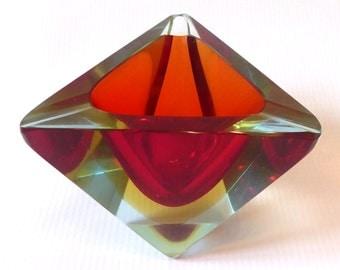 Murano Mandruzzato faceted bowl/dish/ashtray, vintage retro 1970's art glass. Diamond/triangular. Red/amber sommerso.