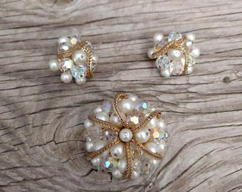 Vintage Matching Brooch and Clip-on Earring Set