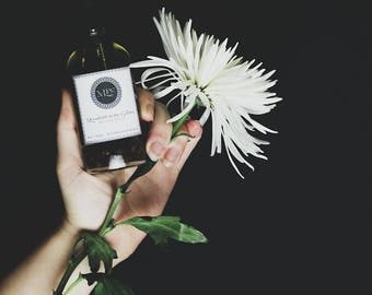 Moonlight in the Garden goddess hair oil