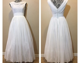 Vintage 1950s Wedding Dress | 50s Wedding Dress | Vintage Wedding Dress | Offers taken into consideration